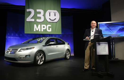 Fritz Henderson Makes Volt Announcement