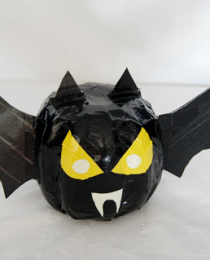 Make a Bat Pumpkin with Duck Tape Thumbnail