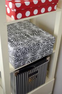 Duck Shelf Paper Makes for Stylish Storage Thumbnail