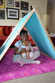 Keep Your Bored Kid Busy: Simple DIY Play Tent Thumbnail