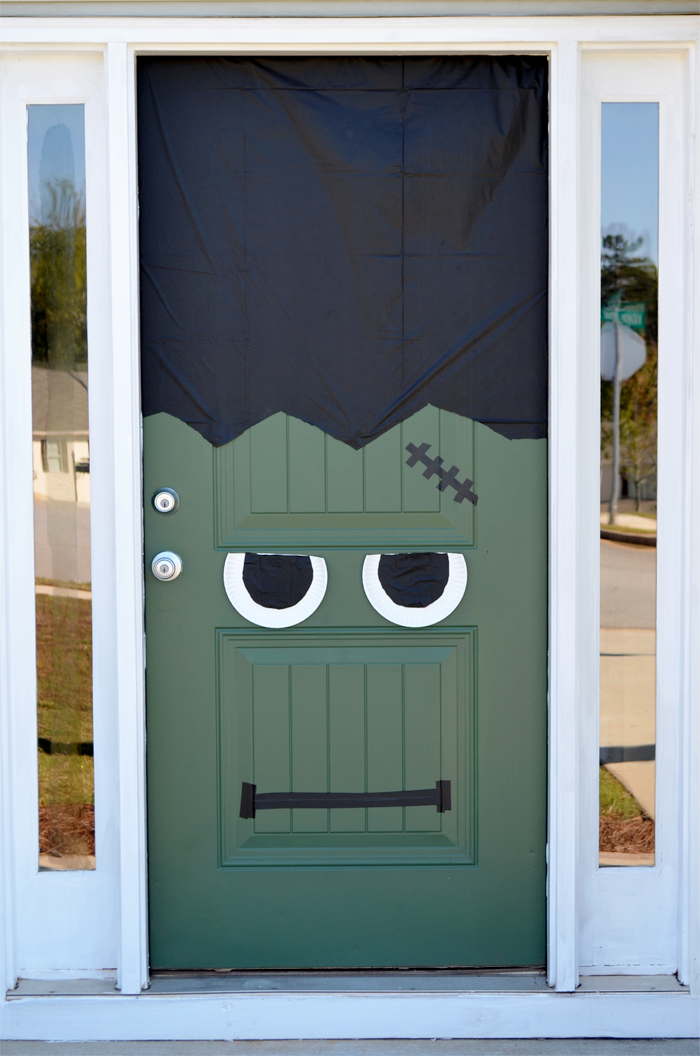 halloween-frankenstein-door10