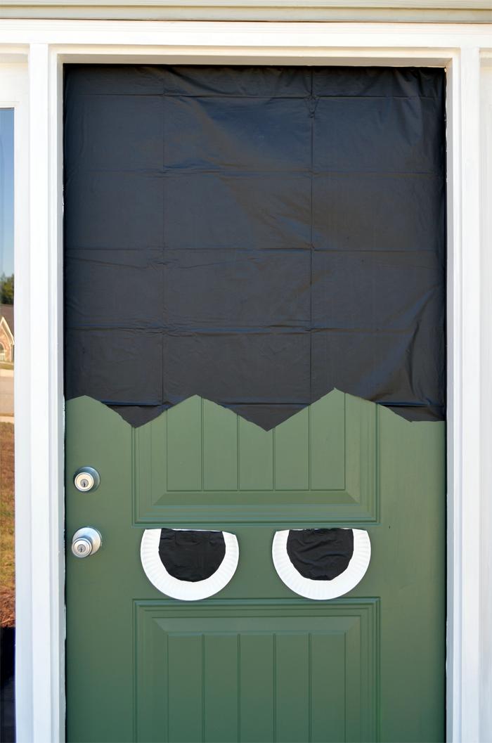 halloween-frankenstein-door9 & Halloween DIY: Frankenstein Front Door u0026 Pumpkin pezcame.com