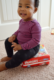 Review: Huggies Snug & Dry Ultra Diapers Thumbnail
