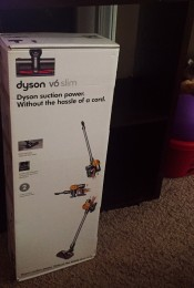 The Secret to Cleaning Up After a Toddler: Dyson Cordless Vaccum Thumbnail