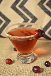 Make this Delicious Cranberry Fizz Mocktail Thumbnail