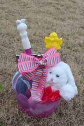Easy DIY: Build Your Own Easter Basket Thumbnail