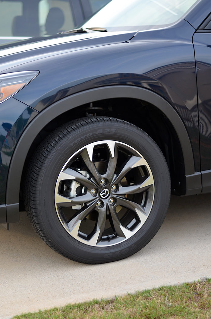 second car search mazda cx 5 great for a small family. Black Bedroom Furniture Sets. Home Design Ideas