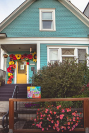 5 Ways to Maximize Your Home's Curb Appeal Thumbnail