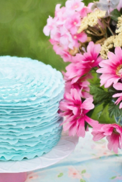How to Host a Greener Birthday Party for Your Teen Thumbnail